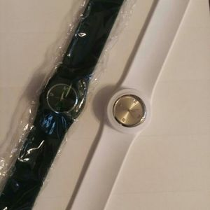 NEW lot/2 Womens Fashion Watches White Green Watch
